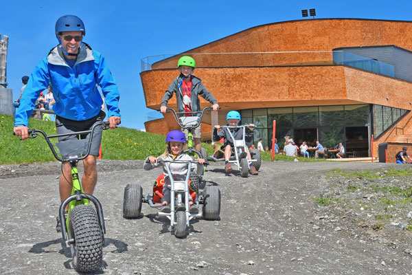MonsterRoller und MountainCart Downhill