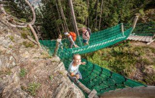 Familienspaß im Klettergarten